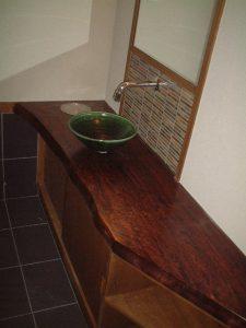栃手洗いカウンター