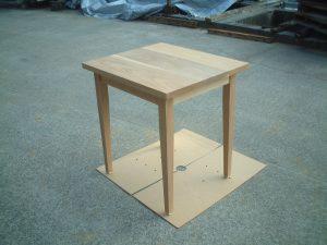 カフェテーブルタモ