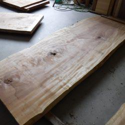 栃の木一枚板t984
