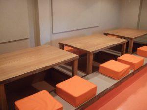 タモ店舗用テーブル
