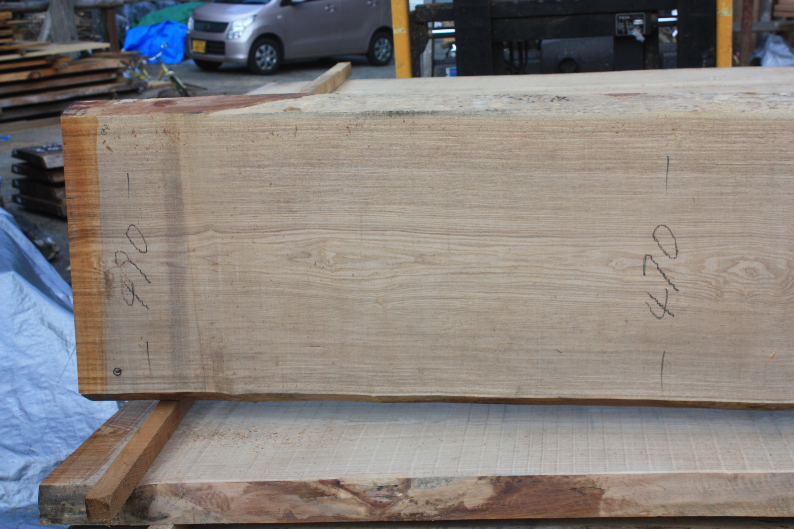 タモ一枚板TM527