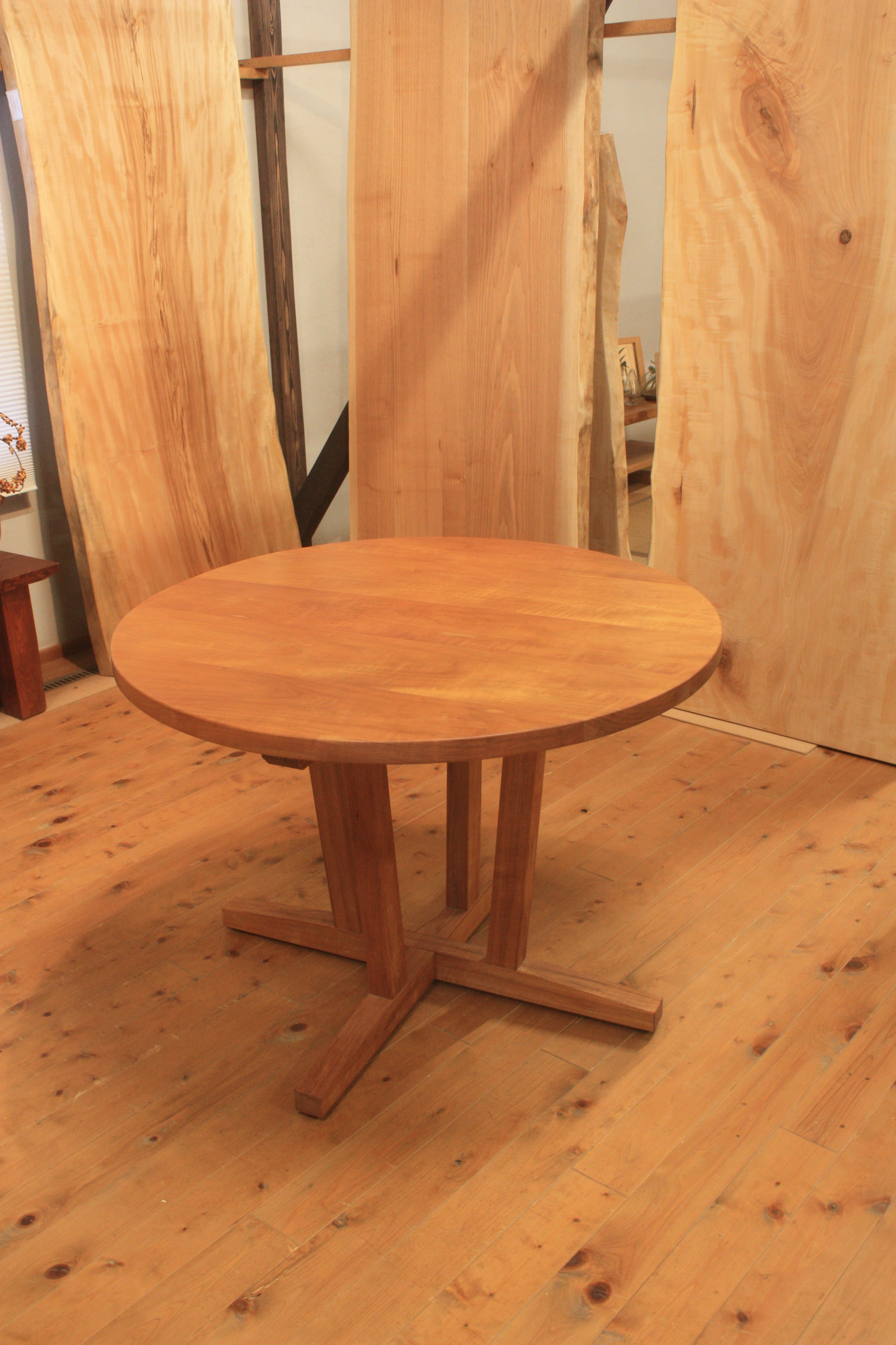 山桜円テーブル980Φ
