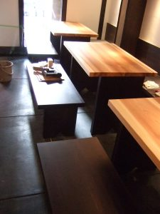 店舗用無垢テーブル